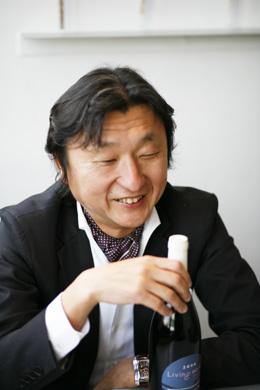 前田社長の趣味でもあるサーフィンからも、自然を大切にしたいという思いが募るそうだ。